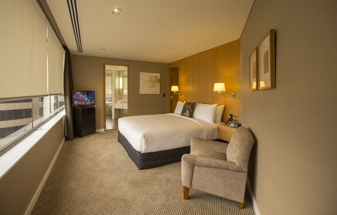 Stamford Plaza Auckland - Governors Suite Bedroom