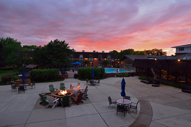 Pheasant Run Resort - Saint Charles, IL