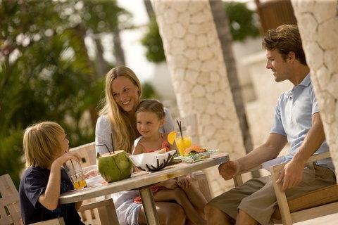 Holiday Inn Resort Baruna Bali - Family DIning at Palms