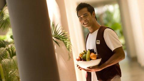 Holiday Inn Resort Baruna Bali - Room Service