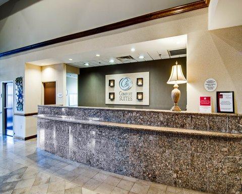 Comfort Suites University - Interior