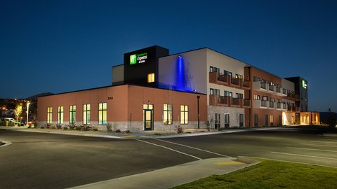 Holiday Inn Express & Suites Pocatello - Holiday Inn Express Pocatello