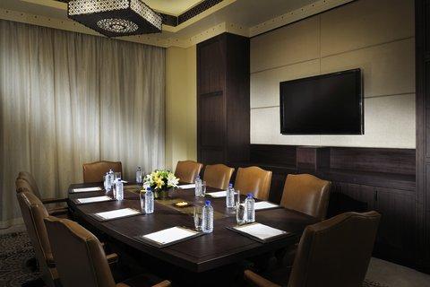 أنتارا قصر السراب منتجع الصحراء - Boardroom