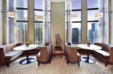Sheraton Grand Chicago Hotel - Sheraton Club Lounge