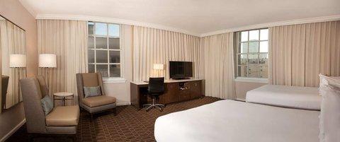 Hilton New Orleans St Charles Avenue - Corner Double Bedroom