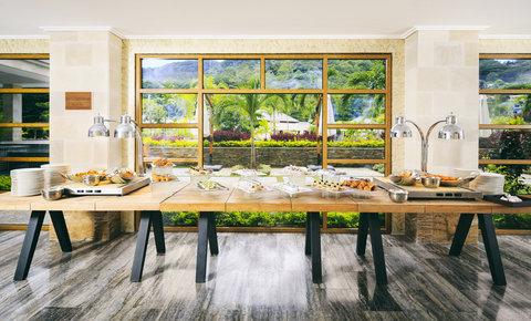Savoy Resort & Spa Seychelles - Banquet Refreshments