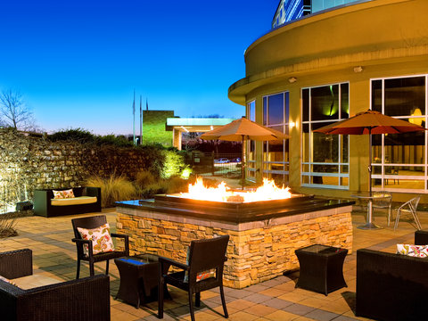 The Westin Baltimore Washington Airport - BWI - White Oak Patio   Fire Pit