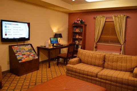 Candlewood Suites Fort Myers Sanibel Gateway Hotel - Business Center