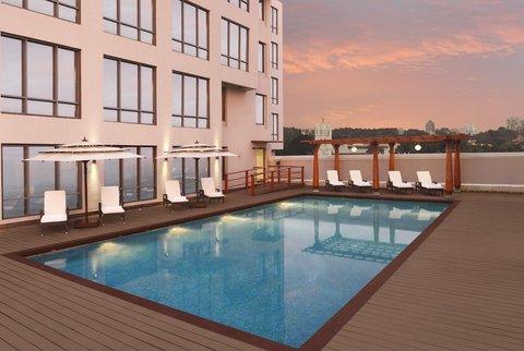Hilton Garden Inn Trivandrum - Outdoor Pool