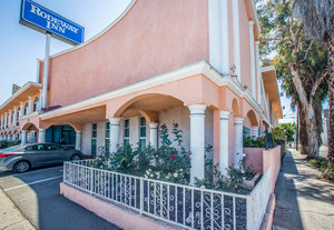 Hotels Near The Hollywood Palladium California
