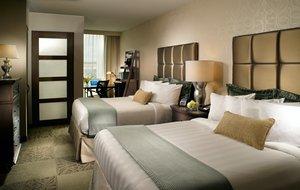 Room - Crowne Plaza Hotel North Charleston