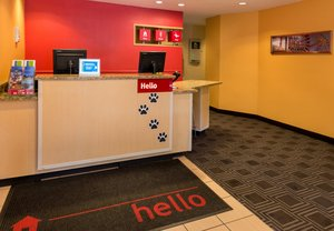 Lobby - TownePlace Suites by Marriott Huntington