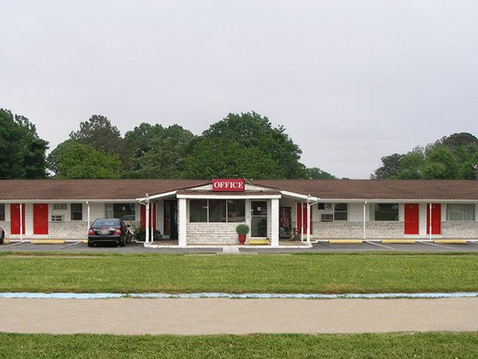 Get directions, reviews and information for Red Carpet Inn in Virginia Beach, modestokeetonl4jflm.gqon: Diamond Springs Road, Virginia Beach, , VA.