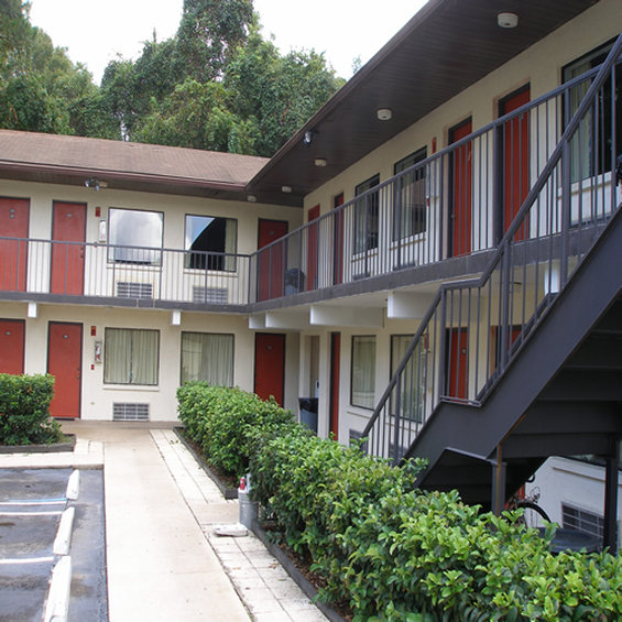 Scottish Inn - Gainesville, FL