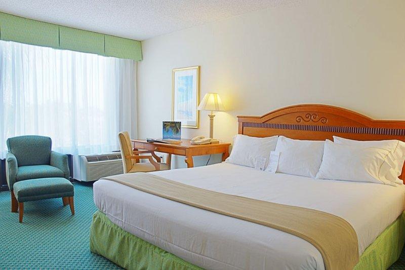 Holiday Inn Express BOCA RATON-WEST - Deerfield Beach, FL