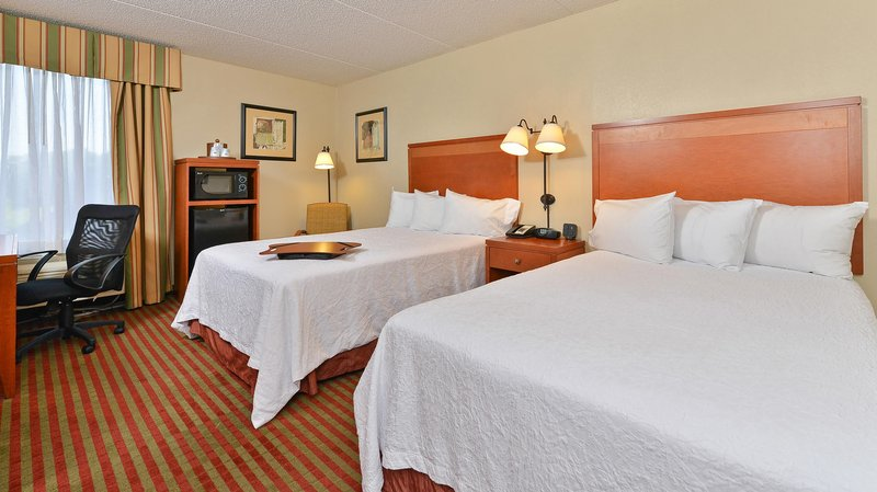 Holiday inn martinsburg in martinsburg wv 25401 citysearch Hilton garden inn martinsburg wv