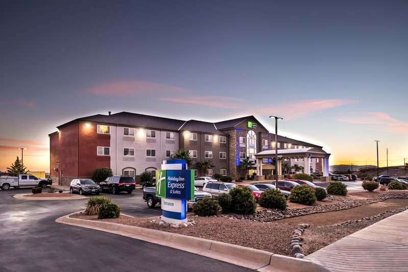 HOLIDAY INN EXP STES ALAMOGORD