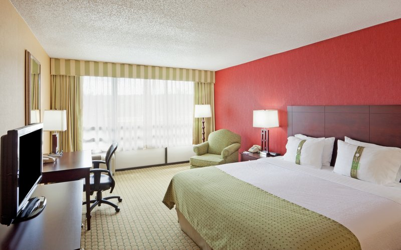 Holiday Inn & Suites Nashua in Nashua, NH, photo #25