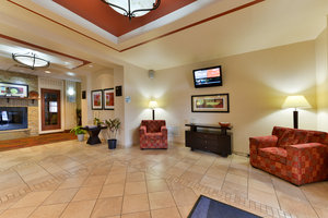Lobby - Holiday Inn Express Hotel & Suites Dayton