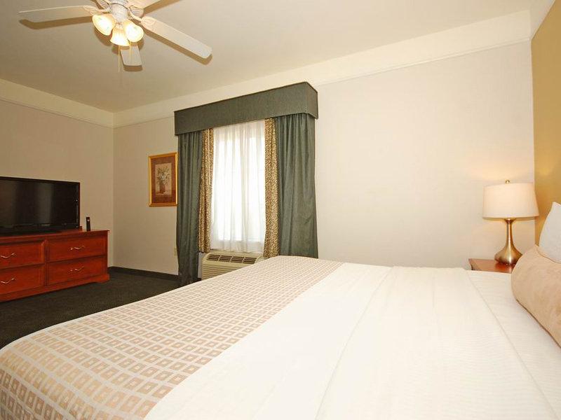 La Quinta Inn & Suites Mesa Superstition Springs - Phoenix, AZ