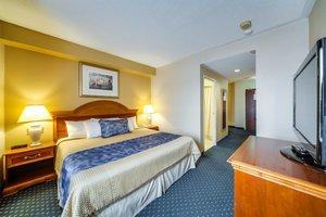 Room - Monte Carlo Inn Toronto Markham