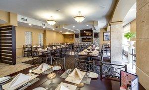 Restaurant - Monte Carlo Inn Toronto Markham
