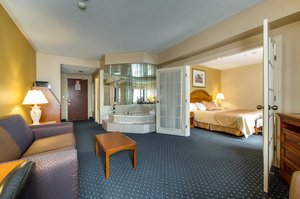 Suite - Monte Carlo Inn Toronto Markham