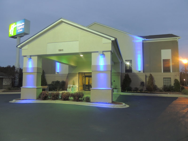 HOLIDAY INN EXP STE TRUSSVILLE