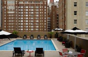 Pool - Crowne Plaza Hotel Kansas City