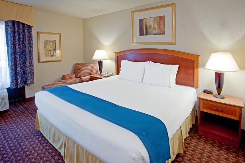 Holiday Inn Express HOUSTON SOUTHWEST - SUGAR LAND - Needville, TX