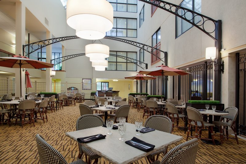 Holiday Inn - Brookline, MA