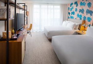 Room - Laylow Hotel Honolulu