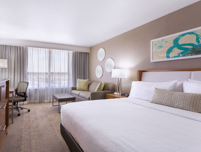 Holiday Inn Miami West-Hialeah Gardens - Miami Lakes, FL