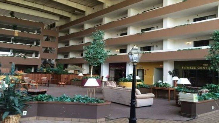 PLAZA HOTEL AND SUITES