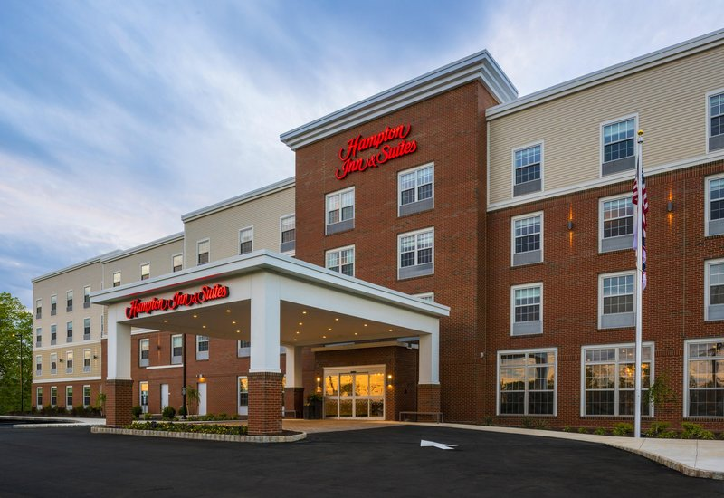 HAMPTON INN SUITES BRIDGEWATER