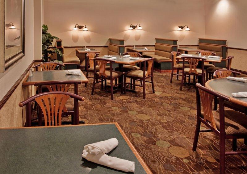 Holiday Inn HUNTSVILLE-RESEARCH PARK - Scottsboro, AL