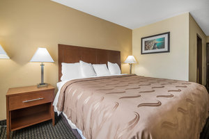 Room - Quality Inn Janesville