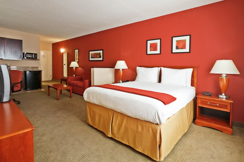 Holiday Inn Express & Suites MANCHESTER-CONF CTR(TULLAHOMA) - Manchester, TN