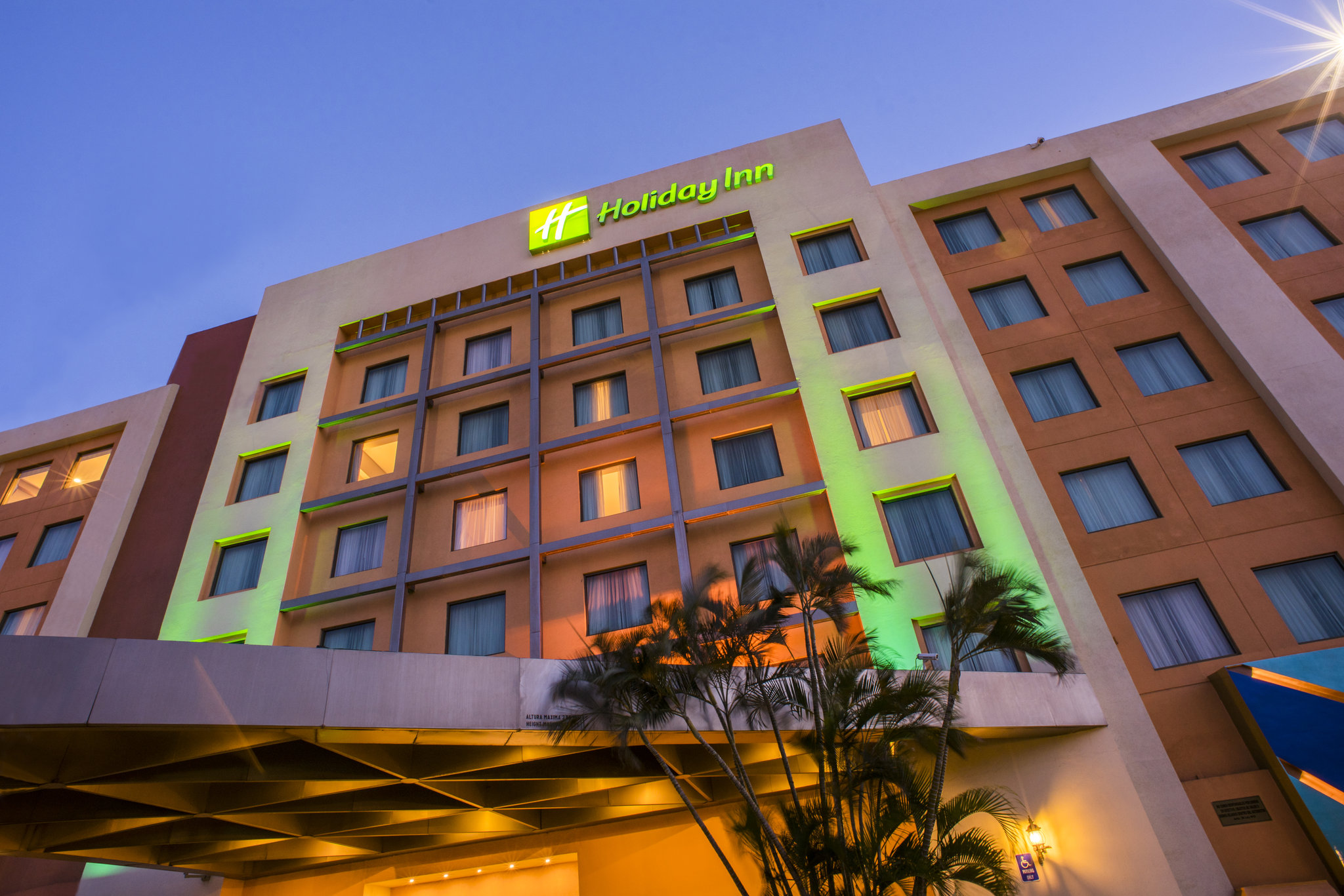 Holiday Inn Managua Convention Center