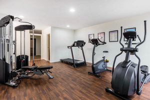 Fitness/ Exercise Room - Comfort Inn & Suites Little Rock Airport