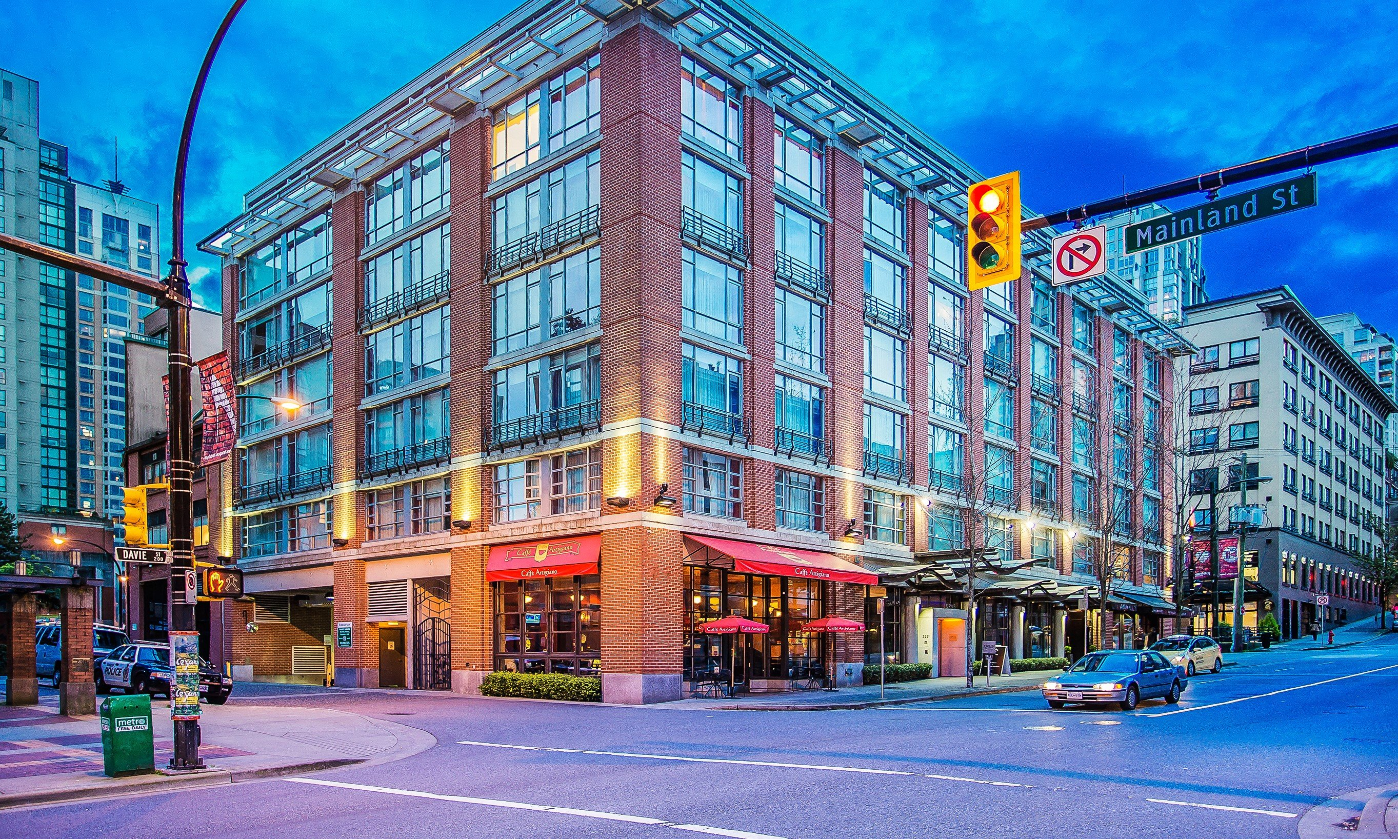 Opus Hotel Vancouver First Class Vancouver Bc Hotels Gds Reservation Codes Travel Weekly
