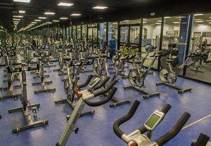 Fitness/ Exercise Room - Marriott Glenpointe Hotel Teaneck