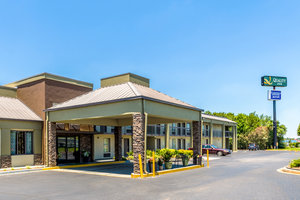 Exterior view - Quality Inn Simpsonville