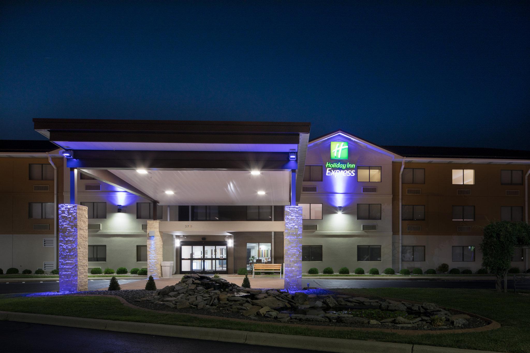 Holiday Inn Express Louisville Northeast Tourist Class KY Hotels Business Travel In News