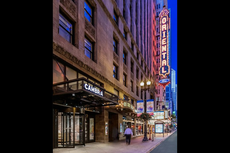 CAMBRIA HOTEL CHICAGO LOOP
