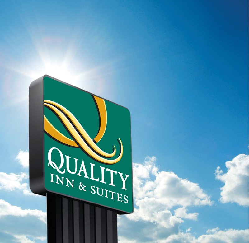 QUALITY INN AND SUITES CARTHAGE