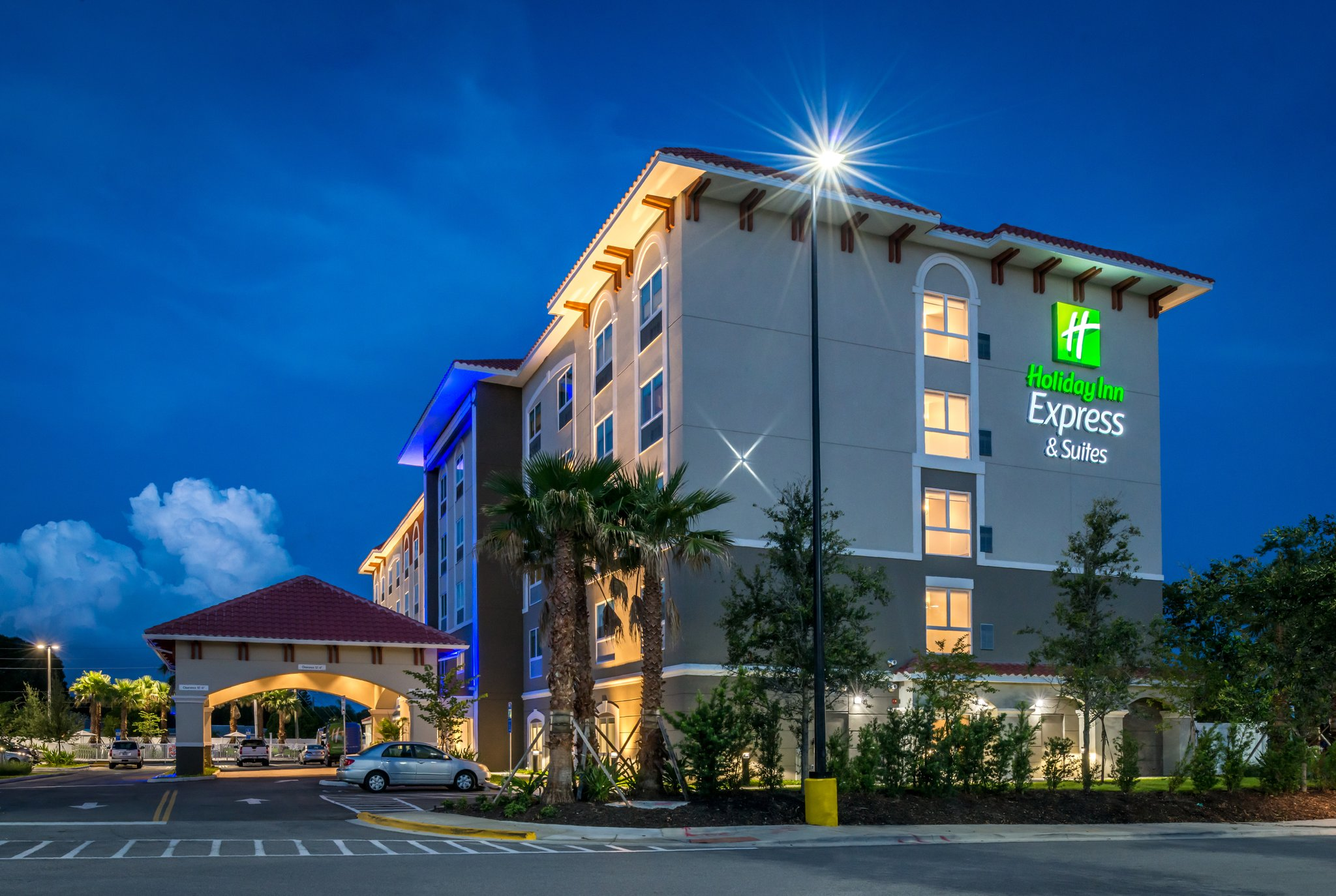 Holiday Inn Express/Suites Seminole Area