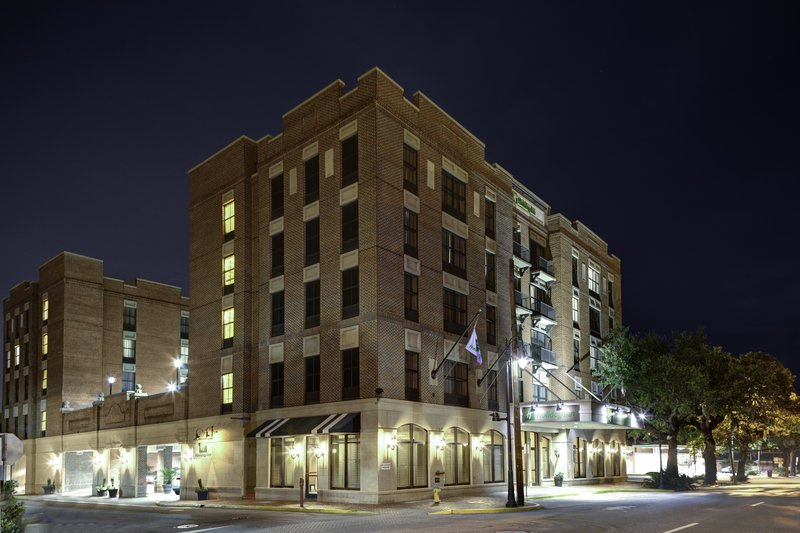 HOLIDAY INN HISTORIC DISTRICT