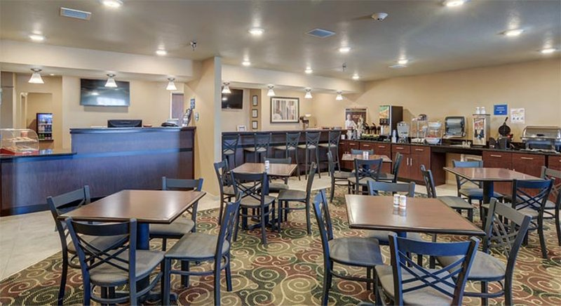 Cobblestone Inn & Suites Kersey