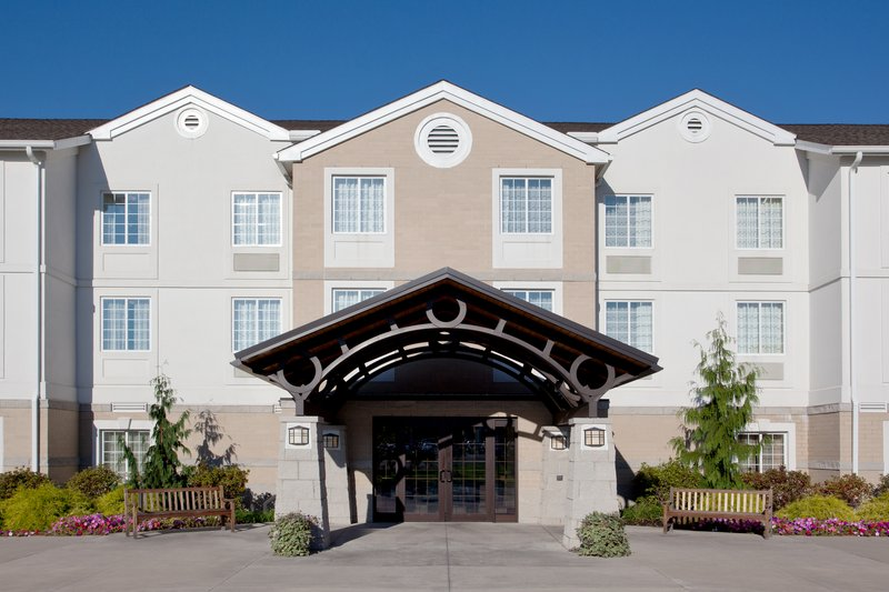 STAYBRIDGE SUITES MAYFIELD HTS